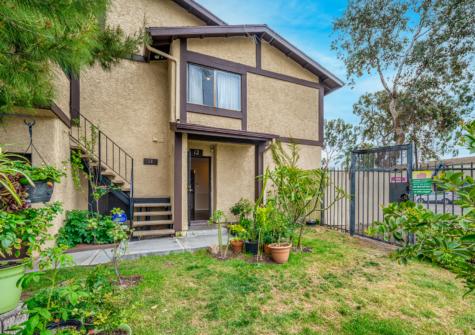 8601 Sunland Blvd., Unit 12, Sun Valley, CA 91352